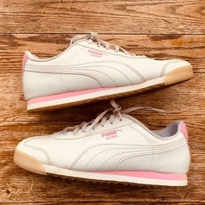 Puma Roma—White and Pink (Size 6C/7.5W)